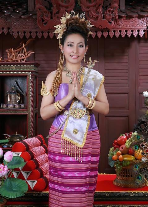 タイ 民族衣装で撮影体験
